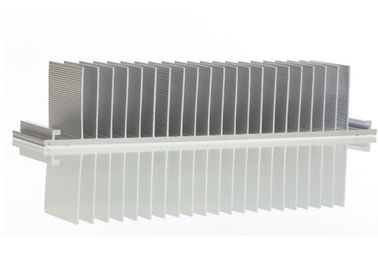 China Automobile Aluminium Extruded Profiles Hot Rolling Aluminum Alloy Electronic Radiator supplier