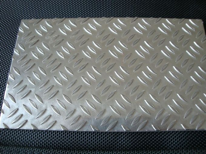 Flat Diamond Aluminum Sheet Metal With Different Alloy For Wide Usages