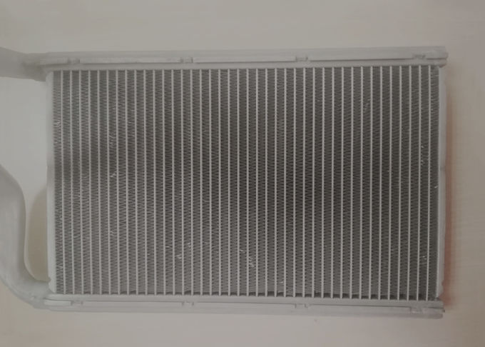 Auto, Vehicle,Car Use Customized Silver Hot Rolling Aluminum Extruded Profiles Fins of  Intercooler